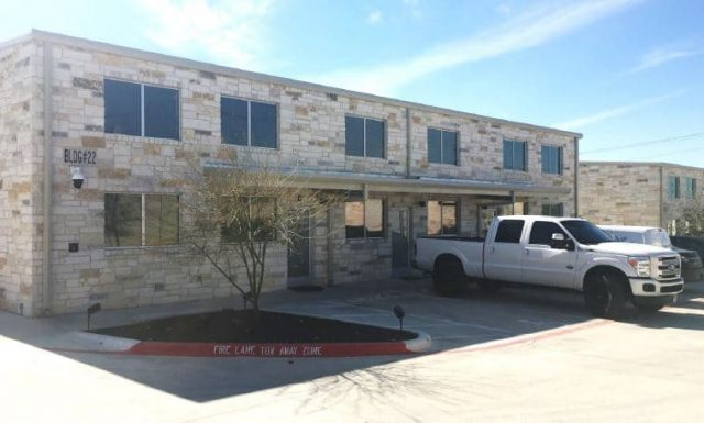 Austin / For Lease / Office Warehouse