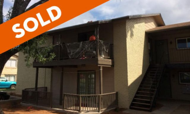 SOLD / Austin / 8-Unit Apt Complex